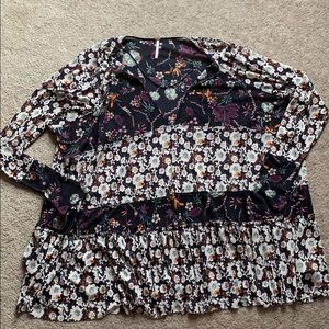 Free People long sleeve ruffle tier floral shirt